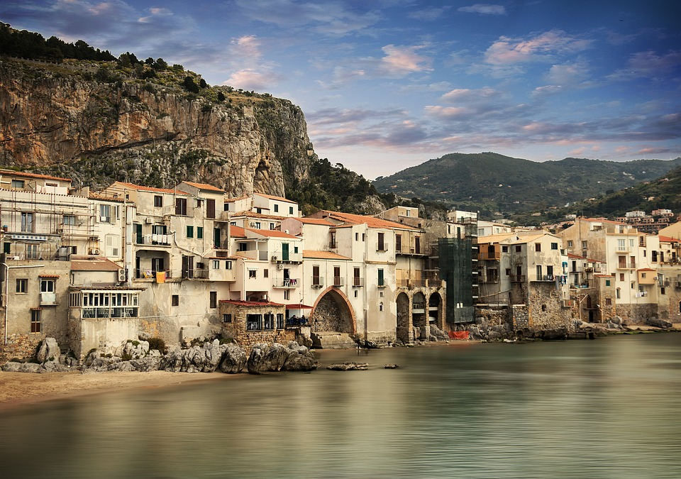 Cefalù, a village with a thousand treasures