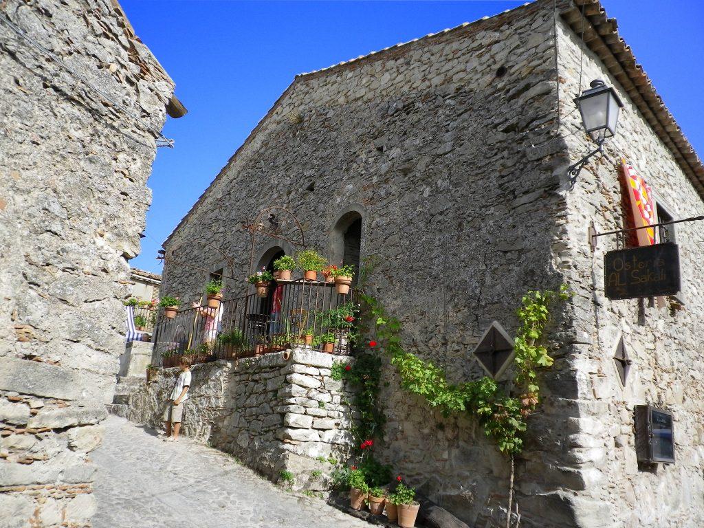 Estate 2020 in Sicilia Montalbano Elicona